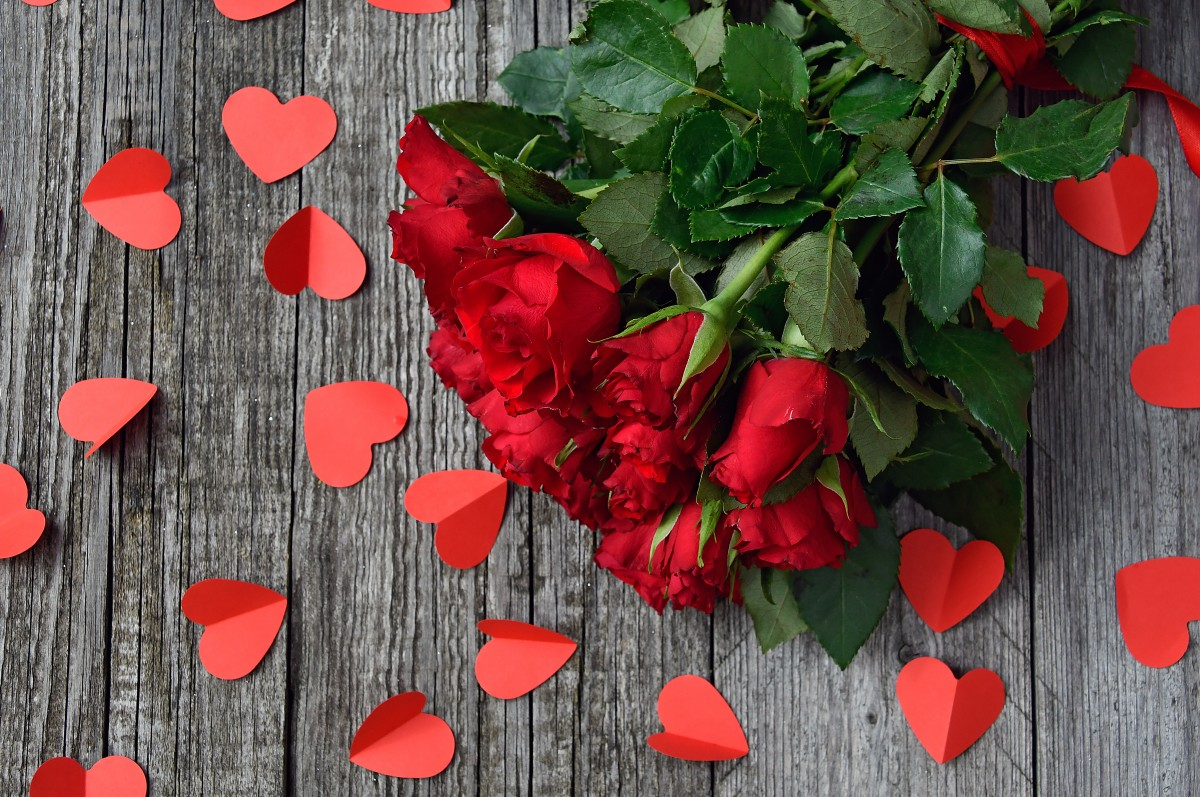 Strauß aus Rosen aus Rausdorf verschenken
